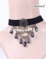 Graceful Black Velvet Vintage Gothic Collar Choker Pendant Necklace for Gift