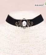 Vintage Gothic Black Velvet Collar Choker Necklace with Pearl