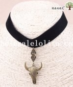 Handmade Women's Vintage Velvet Collar Choker Necklace with Bull Pendant