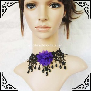 Royal Gothic Lace Necklace with Black Pearl