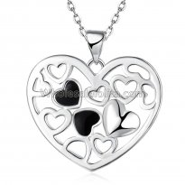 Fashionable Platinum Necklace with Connected Hearts Pendant for Versatile Occasions