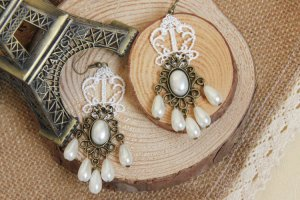 White Lace Ladies Pearl Lace Earrings