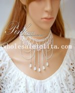 Two-layered White Lace Vintage Pearl Pendant Necklace for Women