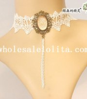 Beautiful Vintage Royal White Lace Collar Choker Pendant Necklace