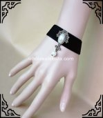 Gothic Vintage Black & White Pearl Simple Ladies Bracelet