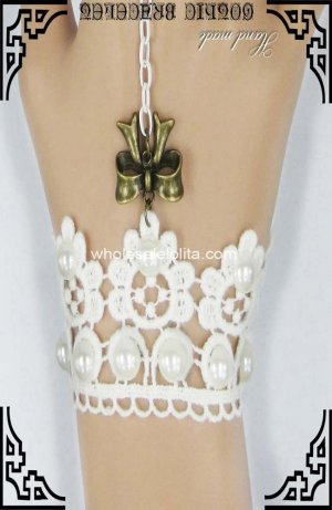 Gothic Victorian White Lace Imitated Pearl Bracelet & Ring