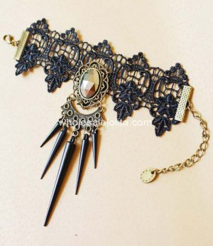 Gothic Punk Black Sharp Rivets Ladies Party Bracelet
