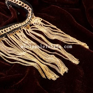 Vintage Royal Gold Pendant Black Lace Necklace for Cosplay