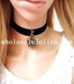 Black Velvet Women's Collar Choker Sun Face Pendant Necklace