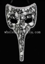 Cosplay and Parties Long Nosed Venetian Masquerade Mask in Black and White Color