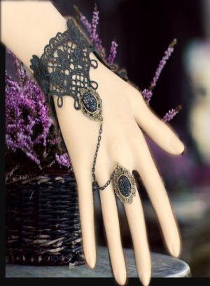 Gothic Royal Black Bracelet with Ring