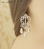 White Pearl Lace Gothic Earrings Eh-29