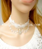Gothic Handmade White Lace Collar Choker Necklace with Pearl Pendant Chain