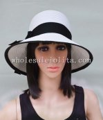 Classic Black and White Paper Straw Bow Big Brim Sun Protection Hat