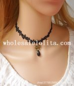 Gothic Vintage Black Lace Collar Choker Necklace with Gem for Women